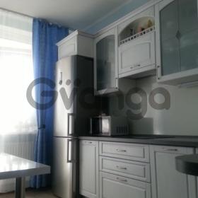 Продается квартира 2-ком 52 м² Донская ул.
