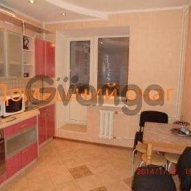 Сдается в аренду квартира 3-ком 98 м² Труда ул.