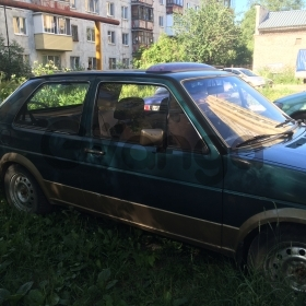 Volkswagen Golf, II 1.6 MT (70 л.с.) 1984 г.