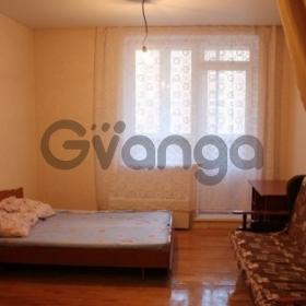 Сдается в аренду квартира 2-ком 71 м² Троицкая,д.1