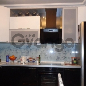 Сдается в аренду комната 2-ком 58 м² Гурьянова,д.69к1, метро Печатники