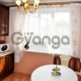 Продается квартира 3-ком 75 м² улица Нефтяников, 2
