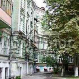 Продается квартира 3-ком 107 м² Десятинная