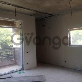 Продается квартира 5-ком 200 м² Макаренко