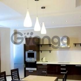 Продается квартира 3-ком 65 м² Фабрициуса ул.