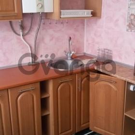 Продается квартира 2-ком 43 м² Роз ул.