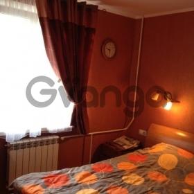 Продается квартира 2-ком 42 м² Возрождения ул.