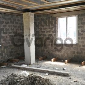 Продается квартира 1-ком 63 м² Российская