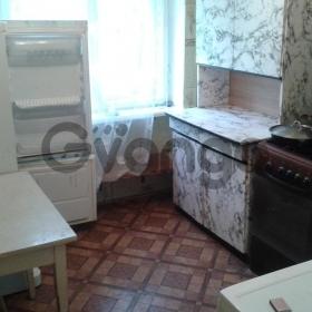 Продается квартира 3-ком 55 м²  Космонавта Гагарина,
