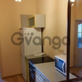 Продается квартира 2-ком 42 м² Суздальская, 10