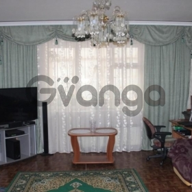 Продается квартира 3-ком 60 м² Красная,