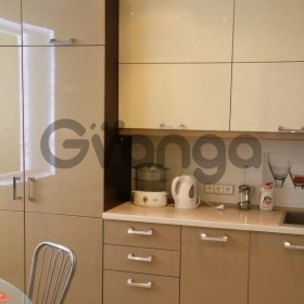 Продается квартира 2-ком 43 м²  Тургенева, 213