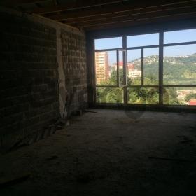 Продается квартира 3-ком 65 м² Вишневая 18