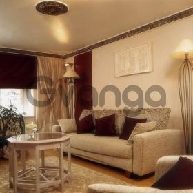 Продается квартира 3-ком 72 м² Параллельная
