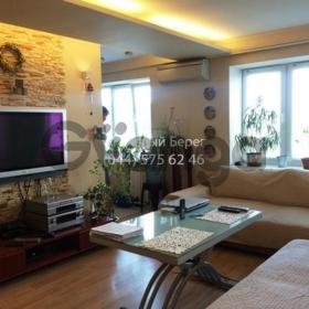 Сдается в аренду квартира 2-ком 46 м² ул. Леси Украинки, 5, метро Кловская