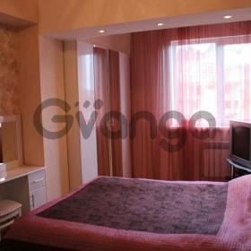 Продается квартира 3-ком 70 м² Виноградная ул.