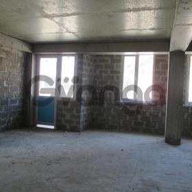 Продается квартира 2-ком 60 м² Целинная