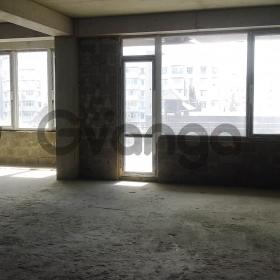 Продается квартира 3-ком 60 м² Макаренко