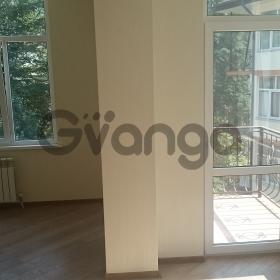 Продается квартира 2-ком 43 м² Ворошиловская