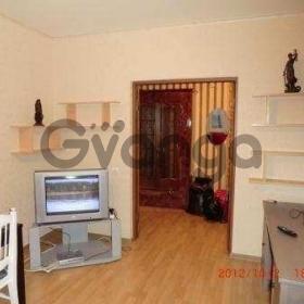 Сдается в аренду квартира 2-ком 55 м² Максима Горького ул.