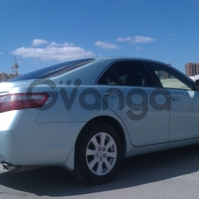 Toyota Camry  2.4 AT (167 л.с.)