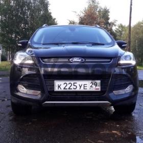 Ford Kuga  2.0d AT (140 л.с.) 4WD 2013 г.