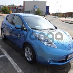 Nissan Leaf  Electro CVT (81 кВт) 2011 г.