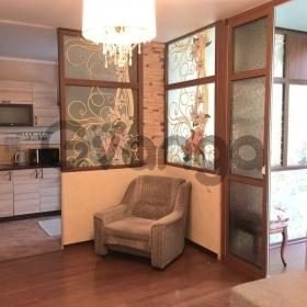 Продается квартира 2-ком 50 м² Дмитриевой 5