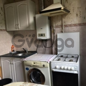 Сдается в аренду квартира 2-ком 58 м² Луговая,д.8