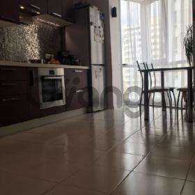 Продается квартира 2-ком 55 м² абрикосовая