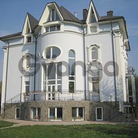 Сдается в аренду дом с участком 1050 м²