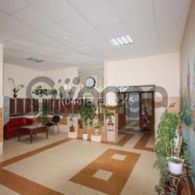 Сдается в аренду квартира 1-ком 45 м² ул. Маршала Малиновского, 8, метро Оболонь