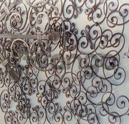 Ковка и Элементы художественной ковки, червонки, валюты, балясины. Все для изготовления изделий из ковки. А также сами готовые изделия: ворота, решетки, и т.д.