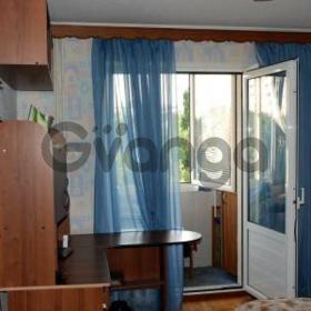Продается квартира 3-ком 60 м² ул. Нахимова, 14