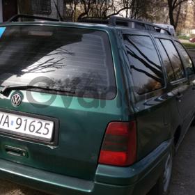 Volkswagen Golf 1.9d AT (90л.с.) 1996 г.