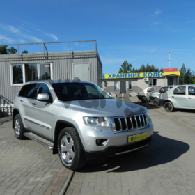 Jeep Grand Cherokee, IV (WK2) 3.6 AT (286 л.с.) 4WD 2010 г.