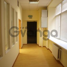 Сдается в аренду  офисное помещение 202 м² Спасоглинищевский б. пер. 8 стр.8