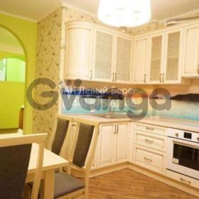Сдается в аренду квартира 3-ком 110 м² ул. Саперно-Слободская, 8, метро Демиевская