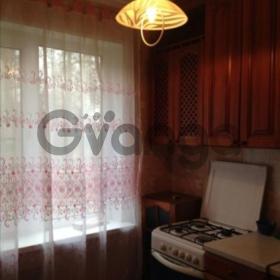 Сдается в аренду квартира 2-ком 44 м² Нефтяников,д.14