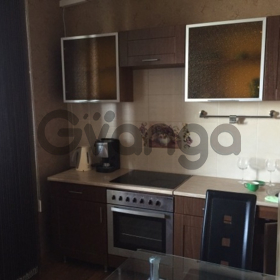 Продается квартира 2-ком 68 м² Макаренко ул.