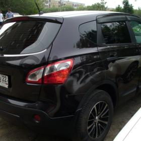 Nissan Qashqai  1.6 MT