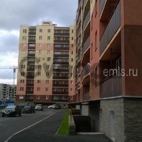 Продается квартира 2-ком 63 м² 1 Микрорайон, метро Ломоносовская
