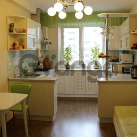 Продается квартира 2-ком 43 м² Макаренко