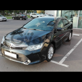 Toyota Camry  2.0 AT (149 л.с.) 2015 г.