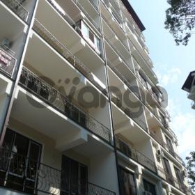 Продается квартира 2-ком 41.9 м² Виноградная