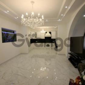 Продается квартира 3-ком 102 м² Горького ул.