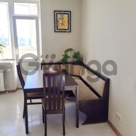 Сдается в аренду квартира 2-ком 72 м² Саперно-Слободская ул., д. 10
