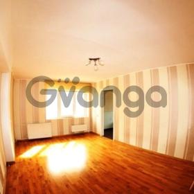 Продается квартира 2-ком 64 м² Клубничная