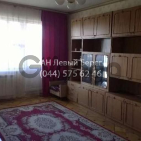 Сдается в аренду квартира 2-ком 49 м² ул. Радужная, 7, метро Дарница