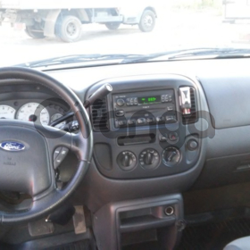 Ford Escape  3.0 AT (203 л.с.) 2003 г.